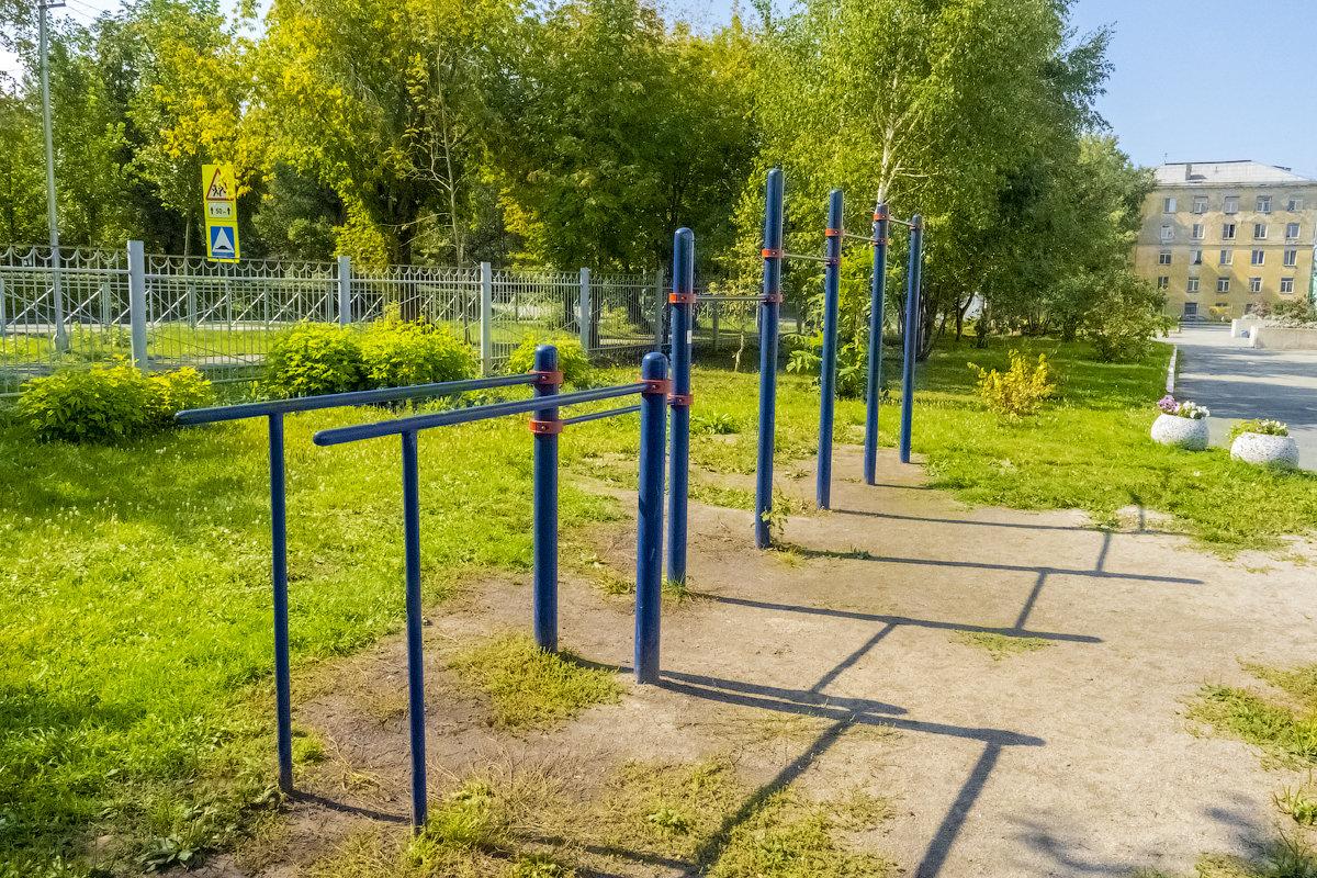 Французская, гимназия №16 - спортивная площадка