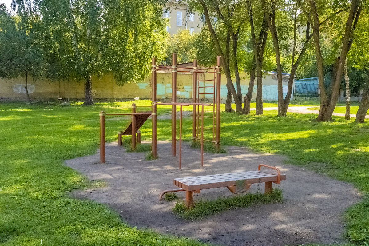 Площадка воркаут в МБОУ СОШ № 27